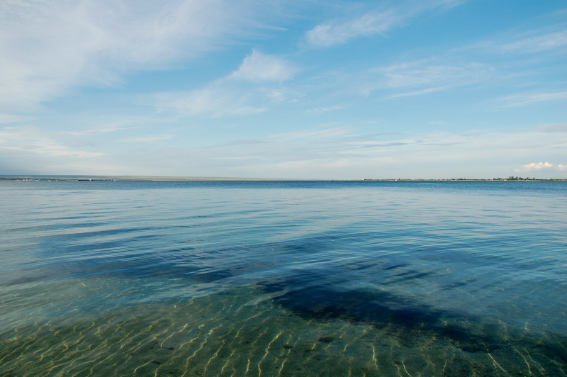 И берег песчаный берег моря пейзаж
